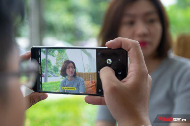 Hướng dẫn chụp ảnh xóa phông lung linh bằng smartphone - Ảnh 1.